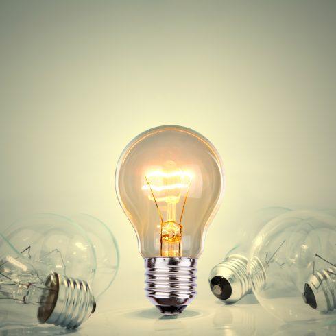ZNIŽANJE CENE ELEKTRIČNE ENERGIJE V ČASU PRVEGA VALA EPIDEMIJE